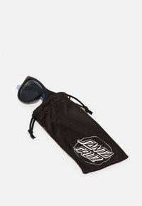 Santa Cruz - CLASSIC STRIP SUNGLASSES UNISEX - Sunglasses - lavender - 2