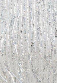 Bershka - MIT PAILLETTEN UND FRANSEN  - Bluse - silver - 5