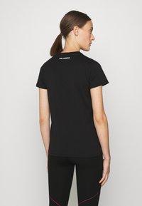 KARL LAGERFELD - IKONIK OUTLINE - T-Shirt print - black - 2