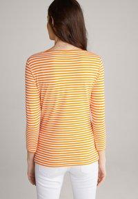 JOOP! - Long sleeved top - orange/weiß - 2