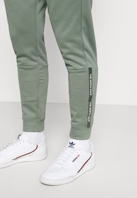 The North Face - PANT - Tracksuit bottoms - agave green - 3