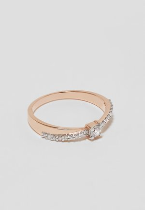 9KT ROSE GOLD 0.20CT CERTIFIED DIAMOND FASHION RING - Ring - rosegold-coloured