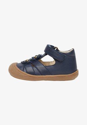 MIT APPLIZIERTEN BLÜMCHE-NAVY - Walking sandals - blue