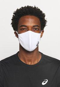 ASICS - FACE COVER LOGO - Community mask - white - 0