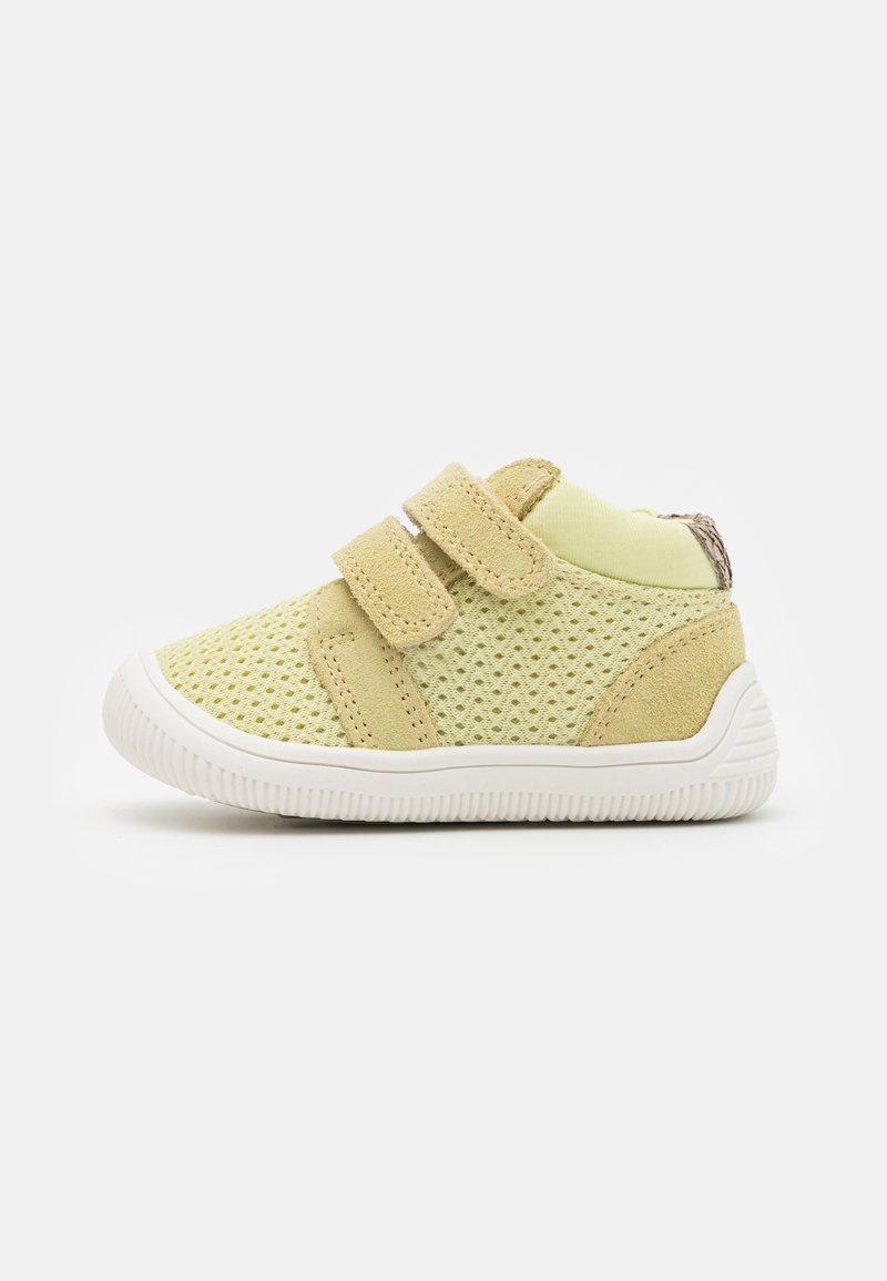 Woden - Baby shoes - lemongrass