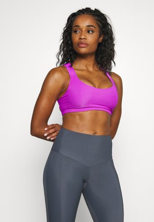 HALF MOON BRA - Light support sports bra - vivid violet