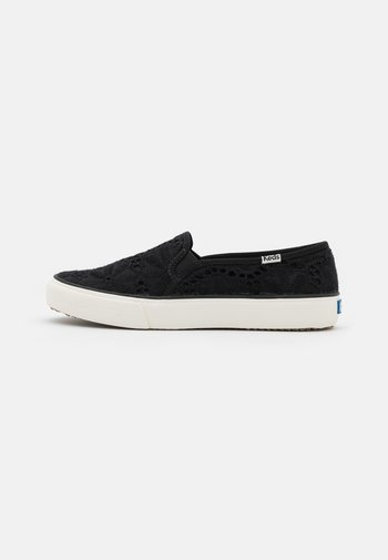 DOUBLE DECKER EYELET - Trainers - black
