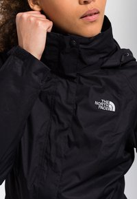 The North Face - W EVOLVE II TRICLIMATE JACKET - EU - Hardshell jacket - black - 4