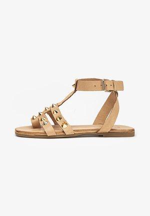 T-bar sandals - scissors