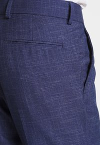 Isaac Dewhirst - TEXTURE SUIT - Completo - blue - 3