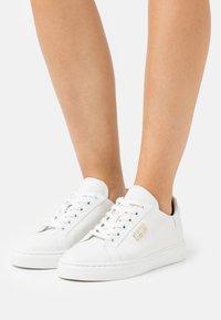 Steffen Schraut - BASE - Sneakers laag - white - 0