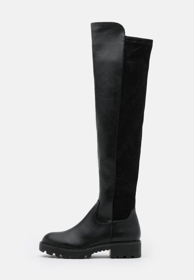 MIREYA - Botas mosqueteras - black