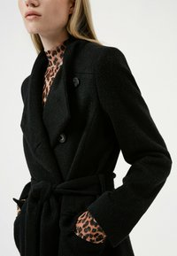 HUGO - MILEA - Classic coat - black - 4