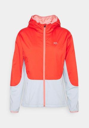 SANNE HYBRID - Soft shell jacket - cool