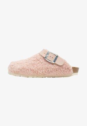 Clogs - pink