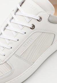 Nubikk - JIRO LIMA - Sneakers basse - white - 5