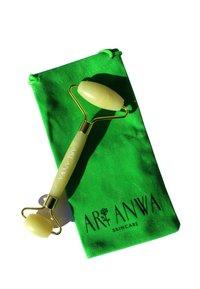 ARI ANWA Skincare - JADE ROLLER - Skincare tool - - - 1