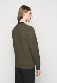 C.P. Company - CREW NECK - Sweatshirt - ivy green - 2