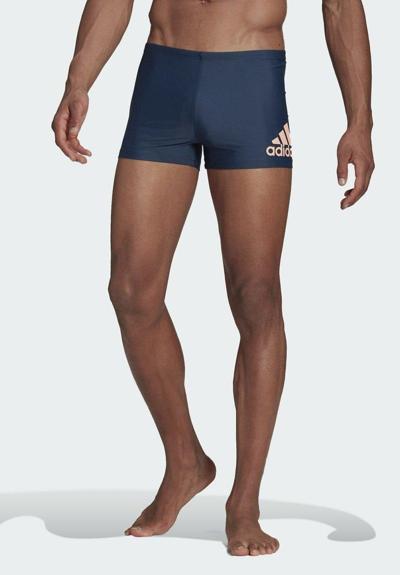 adidas Performance - BADGE SWIM FITNESS BOXERS - Swimming trunks - blue