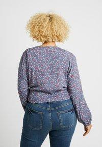 Cotton On Curve - CURVE GEMMA TIE FRONT BLOUSE - Blouse - grisaille - 2