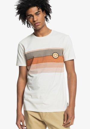 NEW STRIPES  - Print T-shirt - antique white