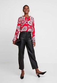 comma casual identity - Blouse - red - 1