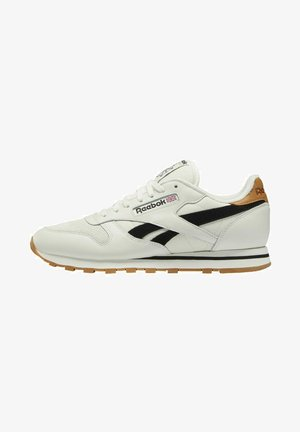 CLASSIC LEATHER SHOES - Sneakersy niskie - white