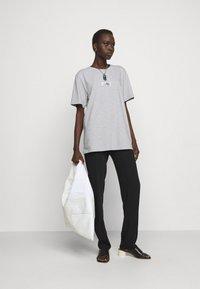 MM6 Maison Margiela - Print T-shirt - grey - 1
