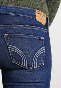 Hollister Co. - LOW RISE MEDIUM SUPER SKINNY - Skinny džíny - blue denim - 4