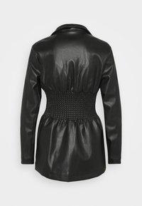 Missguided - SHIRRED WAIST - Blazer - black - 1