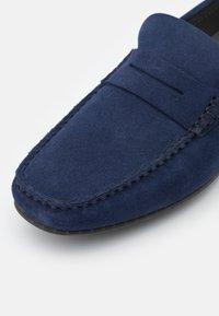 HUGO - DANDY - Nazouvací boty - dark blue - 5
