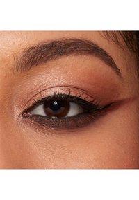 Nyx Professional Makeup - EPIC INK LINER - Eyeliner - 1 black - 4