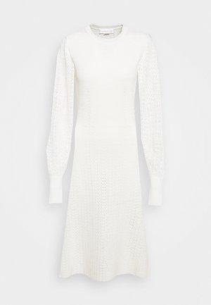 BLOUSON SLEEVE MIDI DRESS - Gebreide jurk - white