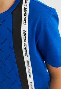 WE Fashion - Print T-shirt - bright blue - 2