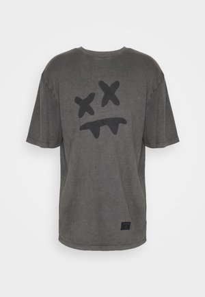 STEVE AOKI X  ESSENTIAL TEE - T-shirts med print - washed grey