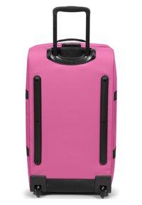 Eastpak - TRANVERZ - Wheeled suitcase - frisky pink - 1