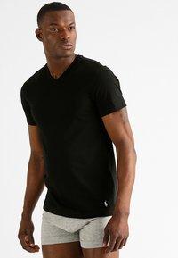 Polo Ralph Lauren - 2 PACK - Camiseta interior - black - 1