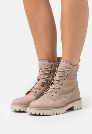 Veterboots - grained champagne