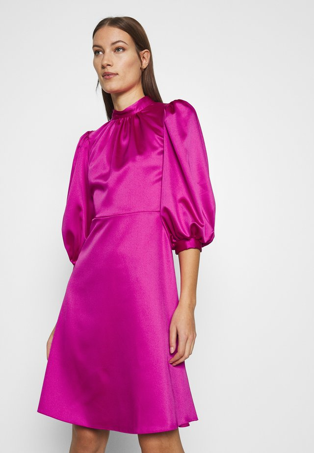CLOSET HIGH NECK PUFF SLEEVE MINI DRESS - Cocktailklänning - pink