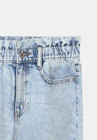 Grunt - DICTE DOOP PAPER BAG - Jeans Relaxed Fit - light blue - 2