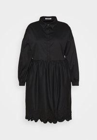 Glamorous Curve - SCALLOP HEM MINI DRESS - Košilové šaty - black - 3