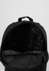 Vans - UA DISORDER BACKPACK - Reppu - black - 4