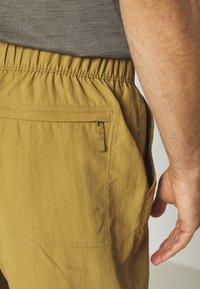 The North Face - MEN'S CLASS PULL ON TRUNK - Pantalones montañeros cortos - british khaki - 4
