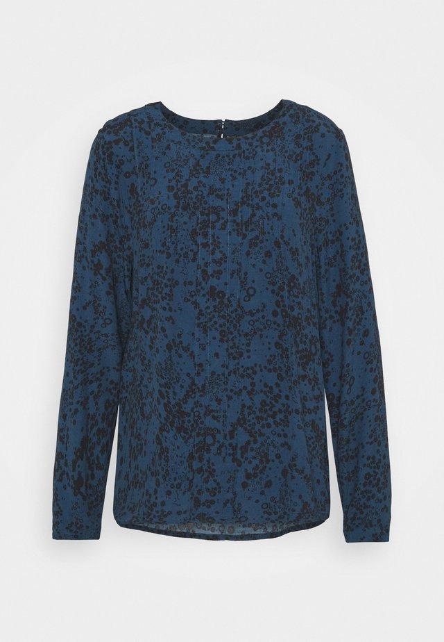 PINTUCK - Pusero - blue floral