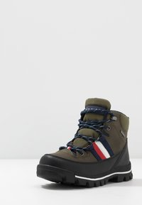Tommy Hilfiger - Lace-up ankle boots - military green - 2
