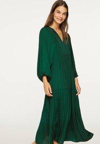 OYSHO - OVERSIZE - Day dress - evergreen - 3