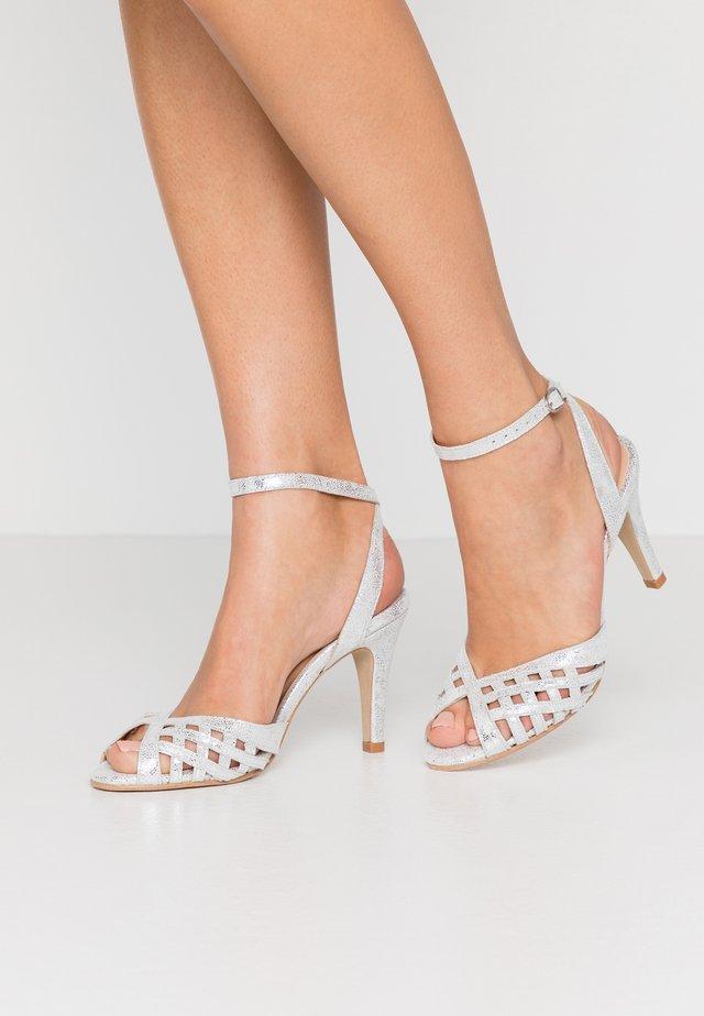 DAICHYAN - High Heel Sandalette - argent