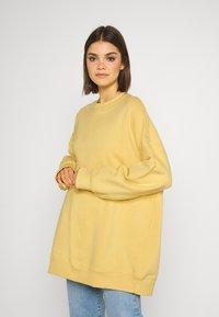 Monki - BEATA - Sweatshirt - yellow - 0
