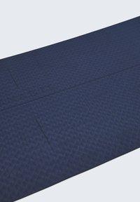 OYSHO - 5MM YOGA MAT - Fitness / Yoga - dark blue - 3