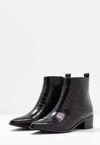 Buffalo - FIONA - Kotníková obuv - black - 4